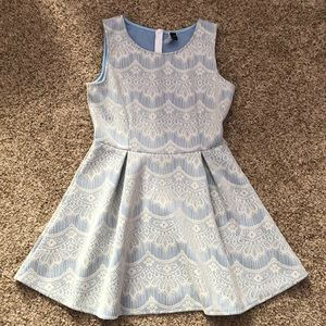 Large Windsor lace a-line dress